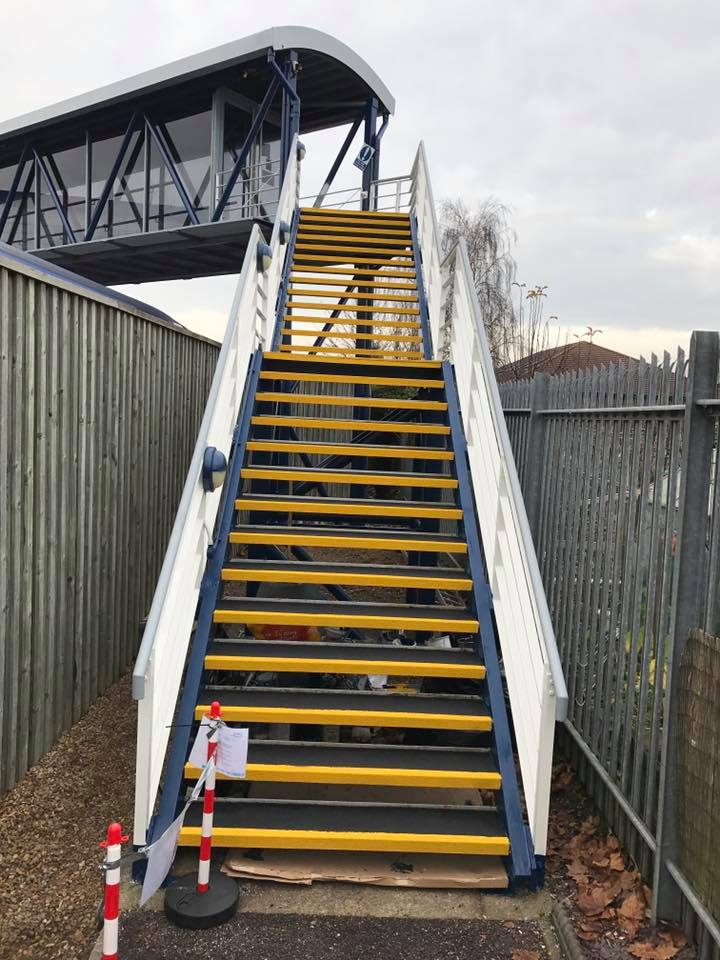 non slip resin coating on stairs 2