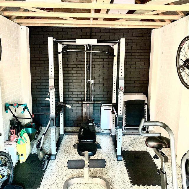 garage gym conversion floor